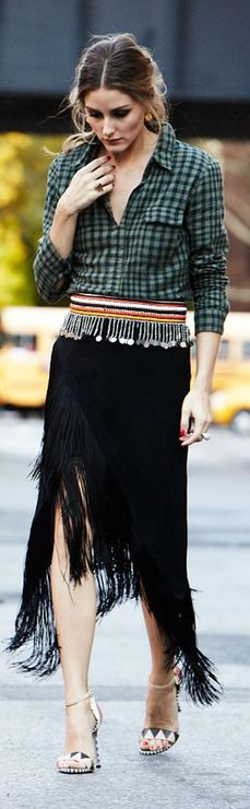 olivia palermo  Who made  Olivia Palermos black fringe skirt, gold jewelry, print sandals, and green plaid button down shirt?