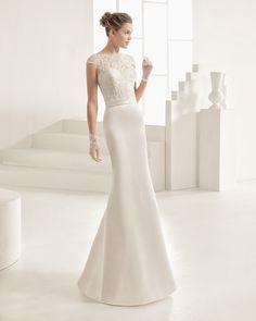 ORIANA traje de novia de encaje y pedrería.