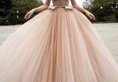 Falda de tull rosa palo para novias romanticas