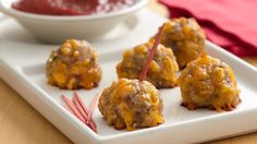 Bisquick® Sausage Cheese Balls Recipe* These little appetizers make a big hit with any crowd. They continue to be one of our most-requested recipes! Recipe provided by Bisquick Appetizers For Party, Appetizer Recipes, Christmas Appetizers, Meatball Appetizers, Christmas Deserts, Cheese Appetizers, Christmas Recipes, Brunch Recipes, Holiday Recipes