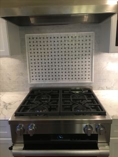 Marble Countertops, Stove, Kitchen Appliances, Diy Kitchen Appliances, Marble Counters, Stove Fireplace, Range, Hearth, Home Appliances