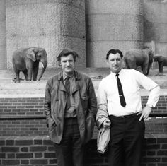 Ted Hughes (left) with his brother Gerald at London Zoo in 1970 Credit: Victoria Gilder/Ted Hughes Estate