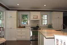 oxford white kitchen cabinets 1000 images about shiloh cabinetry on white 24215