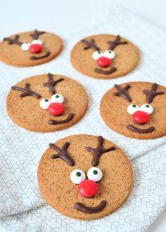 rudolph the rednosed reindeer cookies - rudolph het rendier koekjes - Laura's Bakery Holiday Desserts, Holiday Baking, Christmas Baking, Holiday Treats, Christmas Cookies, Rudolph The Rednosed Reindeer, Reindeer Cookies, Gingerbread Cookies, No Bake Cookies