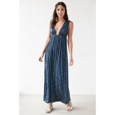Silence + Noise Plunging Spacedye Babydoll Maxi Dress ($79) ❤ liked on Polyvore featuring dresses, blue multi, blue sleeveless dress, babydoll dress, boho maxi dress, maxi dress and ruched maxi dress