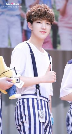 Aww I love his hair. And the Wonwoo toy in the corner xD I loved how you used a toy for wonwoo thats cute