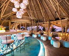 Heading to Bali? Be sure to check out the island's first tiki bar which recently opened on the upper floor of Azul Beach Club on Legian Beach! Bali Restaurant, Restaurant Design, Bali Sunset, Beach Cafe, Romantic Beach, Art Nouveau, Beach Pictures, Decoration, Bungalow