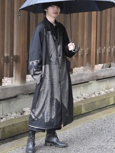 Raincoat, Mens Fashion, Men's Style, Real Life, Horror, Jackets, How To Wear, Coats, Outfits