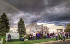 A beautiful rainbow after a storm outside Paisley Park this evening. Prince Estate, Princes House, Prince Paisley Park, Pop Musicians, The Artist Prince, Prince Purple Rain, Roger Nelson, Prince Rogers Nelson