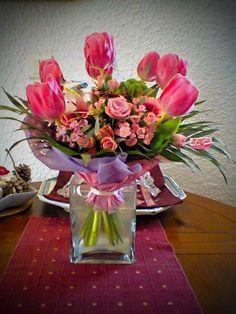 magnifique bouquet accompagné de son petit ours en peluche reçus