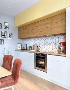 Un apartament de 2 camere actual amenajat pentru un cuplu de tineri - imaginea 10