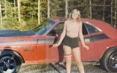 Adventurous looking chick posing with a Challenger 70s Muscle Cars, American Muscle Cars, Sexy Cars, Hot Cars, Mopar Girl, Old School Vans, Car Girls, Amazing Cars, Awesome