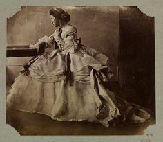 Ca 1858  Lady Clementina Hawarden, 1822 - 1865