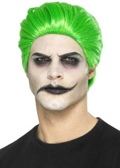 Slick Trickster Wig, Green Adult - Male Theme: Halloween Fancy Dress Accessories - Halloween Fancy Dress Brand: Smiffys Fancy Dress Safety Instructions: This item is a fancy dress accessory for adults. Fancy Dress Wigs, Halloween Fancy Dress, Halloween Kostüm, Halloween Costumes, Halloween Face Makeup, Heroes And Villains Costumes, Villain Costumes, Afro Look, Suicide Squad