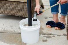Creative DIY Pool Games With Dollar Store Materials Outdoor Umbrella Stand, Umbrella Stands, Landscaping Ideas, Garden Landscaping, Diy Patio, Diy Pool, Pool Umbrellas, Pool Ideas, Patio Ideas