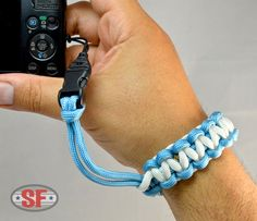 Items similar to Bi-Color Paracord P&S Camera Wrist Strap Cobra Weave on Etsy Paracord Camera Strap, Camera Wrist Strap, Paracord Knots, Paracord Keychain, Paracord Projects, Paracord Ideas, Cobra Weave, Point And Shoot Camera, Bead Crochet