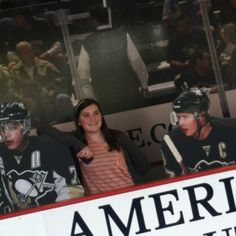 Day 21- Have you met any hockey players?   No professional players, just youth players. But I met the fake Sid, Geno, Staal, and TK. But, you know, I'll meet them all one day cause I'm marrying Sid ;)