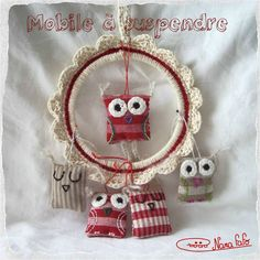 Crocheted frame tutorial, in French with chart - but I'm pinning this because I love the owls!