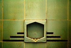 Art deco - green tiles