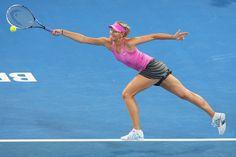 Sport in Brisbane. Maria Sharapova Photos, Tennis Players Female, Australian Open, International Day, Tennis Racket, New York Fashion, Role Models, Champion, Running