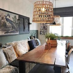 ideas for farmhouse dining room bench light fixtures Dining Room Bench, Dining Room Design, Green Dining Room, Dining Tables, Room Chairs, Interior Desing, Farmhouse Table, Rustic Farmhouse, Farmhouse Front