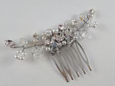 Vlasy, svadba, ozdoba, korálky, hrebeň Brooch, Jewelry, Jewlery, Jewerly, Brooches, Schmuck, Jewels, Jewelery, Fine Jewelry