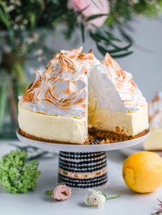 Köstliche Desserts, Delicious Desserts, Yummy Food, Pavlova, Baking Recipes, Cake Recipes, Funny Cake, Most Delicious Recipe, Just Eat It