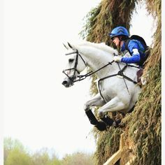 Eventing. Love the close up angle of this shot. Look at that form of the horse through the keyhole jump!