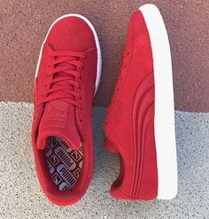 Say hello to the Puma Suede. It's been around for decades making its mark initially as a basketball shoe in the 60's & later as a favorite amongst hip hop heads & b-boys from the 80's on. The Suede has been worn by greats across generations & left its impression on a range of different scenes. Today it remains one of Puma's most iconic sneakers. This latest Badge version features the OG look with a new embossed Formstrip. Lace up this classic in-store & online at MODA3.com today. $75