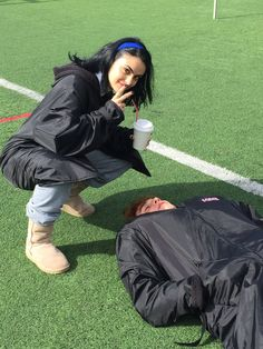 Kj Apa Riverdale, Riverdale Cheryl, Riverdale Funny, Riverdale Cast, Riverdale Archie And Veronica, Archie Comics Riverdale, Riverdale Betty And Jughead, Camila Mendes Veronica Lodge, Disney Descendants Dolls