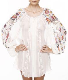Valentina Vidrascu traditional Romanian blouse