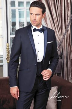 New Royal Blue 3 Pieces Mens Suits 2 Buttons Wedding Suits for Men Groom Tuxedos Business Formal Suit (Jacket+Pants+vest+tie) Costume Hugo Boss, Tuxedo Wedding, Wedding Groom, Wedding Suits, Mens Fashion Suits, Mens Suits, Costume Marie Bleu, Costume Smoking, Moda Masculina