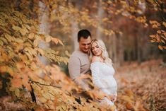 Water Maternity Photos, Couple Maternity Poses, Fall Maternity Shoot, Fall Maternity Pictures, Family Maternity Photos, Maternity Session, Maternity Photography Outdoors, Maternity Photographer, Pregnant Couple