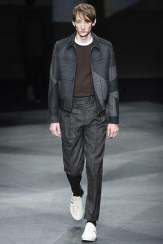 Neil Barrett Fall 2016 Menswear Fashion Show