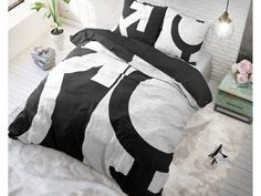 Sleeptime - Micropercal - WitKleur: WitMaat: 140 x 220 - Love Symbols Wit 140 x 220 Micropercal Love Symbols, Comforters, Blanket, Home, Creature Comforts, Quilts, Ad Home, Blankets, Homes