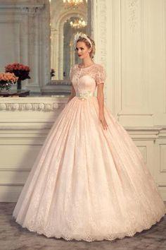 Romantische roze prinsessen trouwjurk lieve roze bruidsjurk