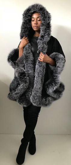 b9fe0698c3 Poncho Cape cashmere hood fox fur trim
