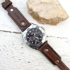 Men Leather watch Antique brown rustic leather Wrist by Jullyet