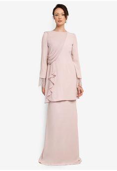 Muslim Fashion, Hijab Fashion, Indian Fashion, Fashion Dresses, Kebaya Modern Dress, Kebaya Dress, Baju Kurung Lace, Hijab Dress Party, Hijab Stile