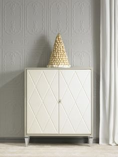 Excalibur. www.elitis-mobili... #Elitis #furniture #home #decor #bespoke #cabinet #excalibur #leather #lacquer #steel
