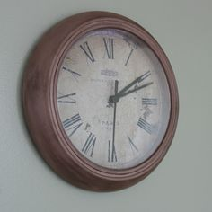 DIY kinda girl: $2 IKEA clock redo...might have to do this to my clock!