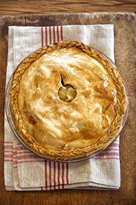 Paula Deen Old-Fashioned Low-Sugar Apple Pie