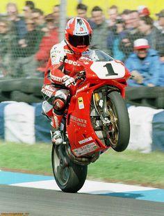 1995-donington-park-Carl-Fogarty-ducati-superbike.jpg 1.211×1.600 pixels