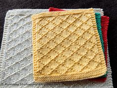 Diamond Brocade knitted dishcloth pattern - Washcloth - Ideas of Washcloth - Diamond Brocade knitted dishcloth pattern Knitted Washcloth Patterns, Knitted Washcloths, Dishcloth Knitting Patterns, Crochet Dishcloths, Knit Or Crochet, Loom Knitting, Free Knitting, Crochet Patterns, Baby Knitting