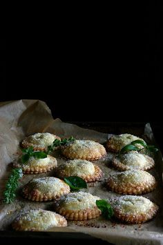 White Peach, Rose, and Basil Hand Pies by Beth Kirby {local milk} Just Desserts, Dessert Recipes, Good Food, Yummy Food, Cupcakes, Le Diner, Hand Pies, Foodblogger, Macaron