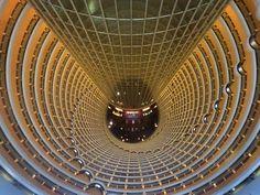 """Día 152: """"#LobbyWorldRecord #JinMao #Shanghai #China"""" #Proyecto365 días, solo fotos con #Iphone6plus www.miguelonievafotografo.com"""