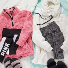 39 Super Ideas Sport Outfit For Teens Victoria Secret Pink Outfits, Outfits For Teens, Sport Outfits, Fall Outfits, Dress Outfits, Cute Outfits, Gym Outfits, How To Wear Leggings, Pink Leggings