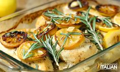 Rosemary Lemon Roasted Chicken Breasts are the best roasted chicken recipe ever! I am absolutely head over heals in love with this ! Lemon Roasted Chicken, Lemon Rosemary Chicken, Roasted Chicken Breast, Skinless Chicken Recipe, Boneless Chicken Breast, Chicken Breasts, Meat Recipes, Chicken Recipes, Ground Turkey Nutrition