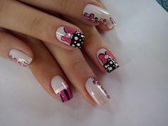 Fuja do tradicional e deixe suas unhas cheias de personalidade e belíssimas!!! Os melhores produtos para suas unhas em: www.lojadeesmaltes.com.br