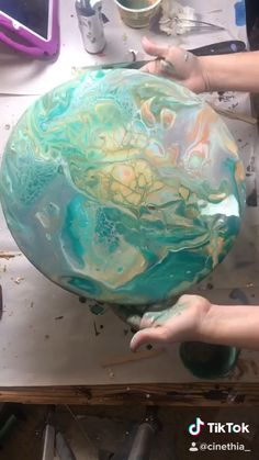 Acrylic pouring on round glass table by - Diy art - Turquoise, mint, orange, peach, white and grey acrylic pour on glass - Acrylic Pouring Techniques, Acrylic Pouring Art, Acrylic Art, Pour Painting Techniques, Painting Videos, Diy Resin Art, Epoxy Resin Art, Diy Art, Diy Resin Bowl
